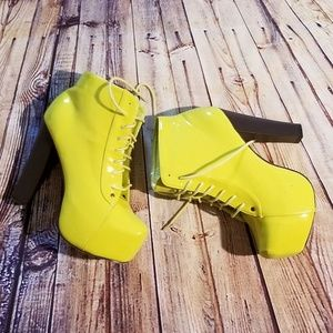 Shoes - NEON LIME BOOTIES